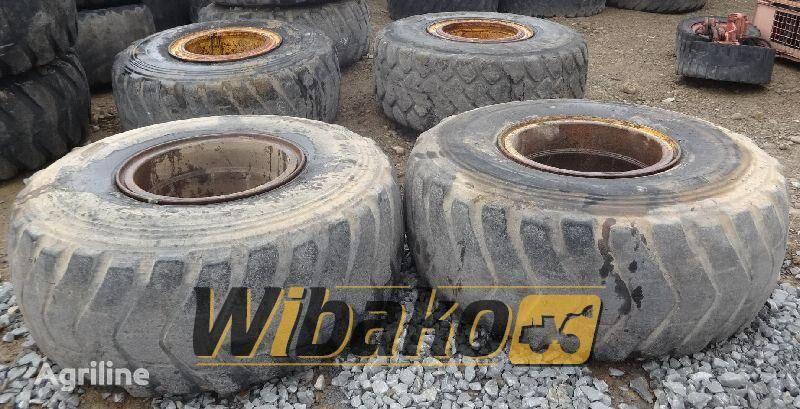 拖拉机轮胎 Bridgestone 23.5/25