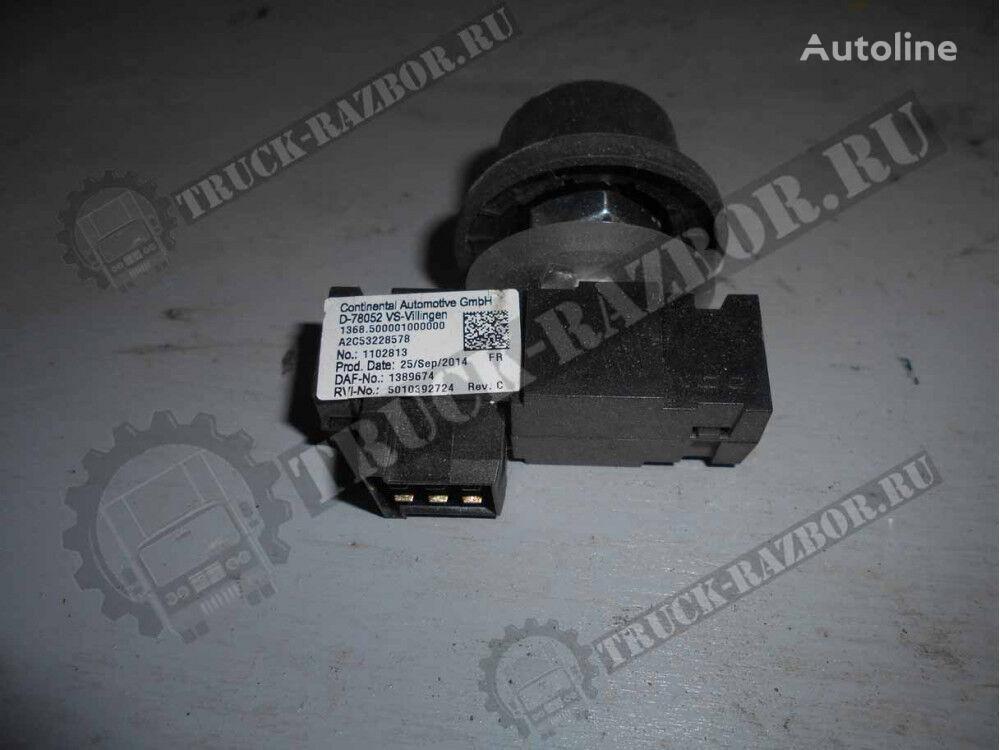 牵引车 DAF 的 备件 pereklyuchatel DAF (1389674)