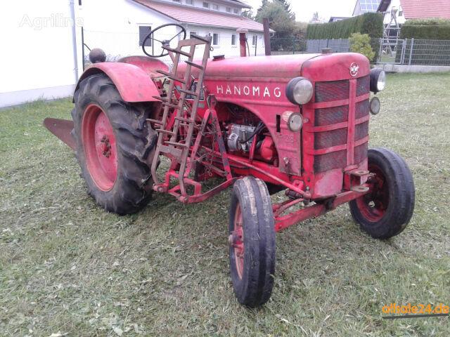 轮式拖拉机 HANOMAG R28