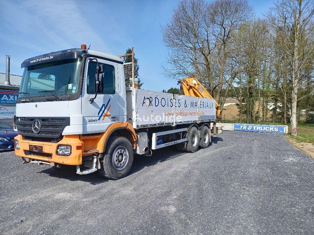 平板卡车 MERCEDES-BENZ Actros 3341 - FULL STEEL -crane HMF2820 with rotator