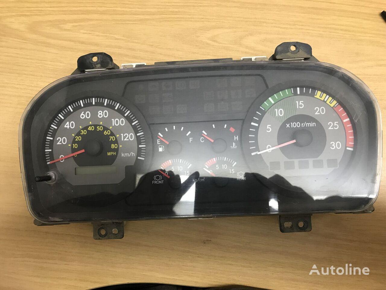牵引车 HINO 的 仪表板 MITSUBISHI Denso (83800-E0070)