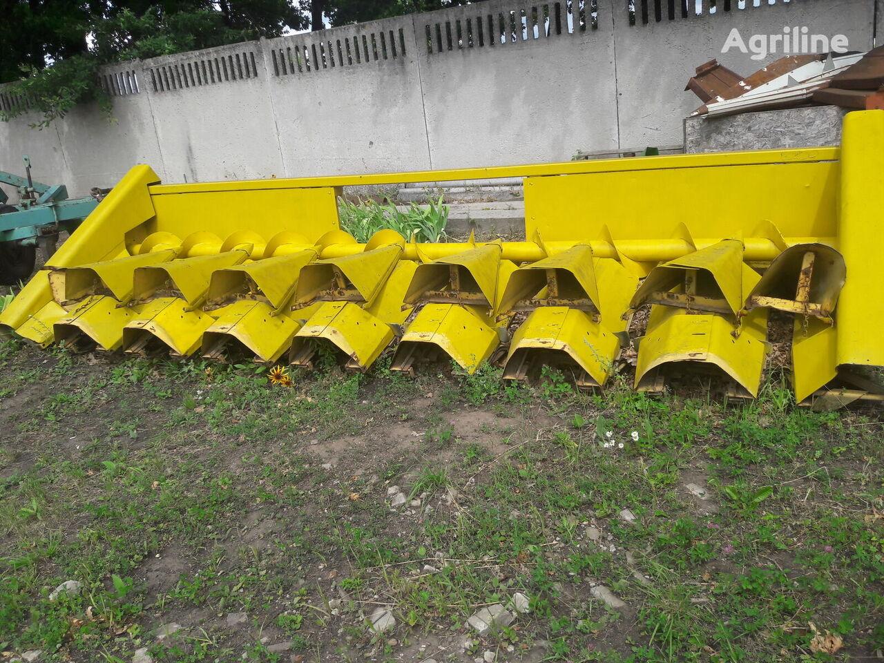玉米收割台 NEW HOLLAND 8 ryadnaya