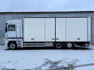 箱式卡车 RENAULT MAGNUM 520.26