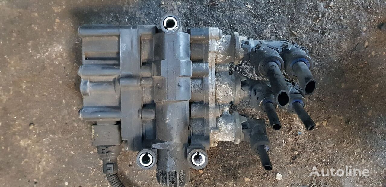 牵引车 SCANIA R, T, P, G series 的 电子制动系统调制器 SCANIA T, P, G, R, L EURO 6 emission, series solenoid valve EBS modulat