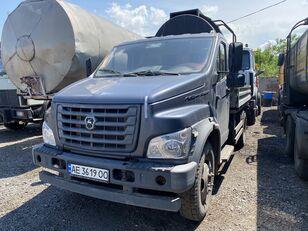 平板卡车 GAZ C41R13-5