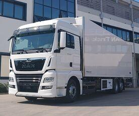 新恒温卡车 MAN TGX 26.470 6X2-4 LL