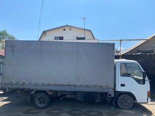 带防水布卡车 ISUZU NkR55