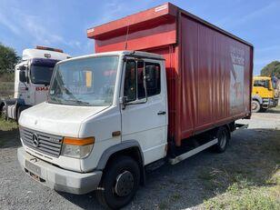 带防水布卡车 MERCEDES-BENZ 814D