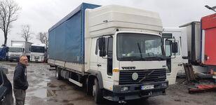 带防水布卡车 VOLVO FL6 15